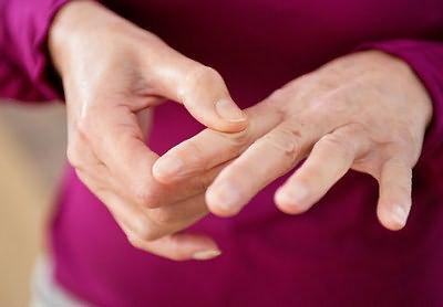 parempoolse sorme artriit
