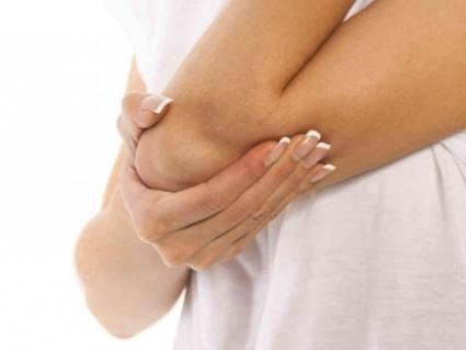 hoidke kuunarnuki kesksete sormede liigeseid